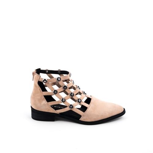 E8-shoes
