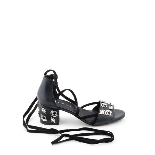 E8-ayaca-sandals