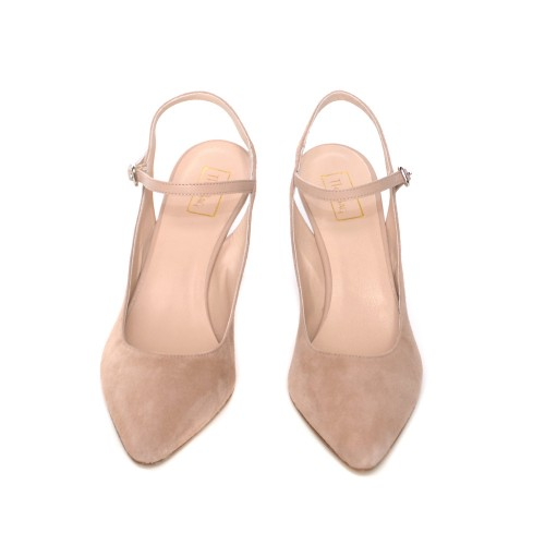 The-bag-beige-suede-pumps (1)