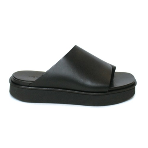 Vic Matie Asymmetrical Black slippers
