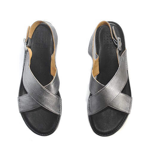 Paola-Ferri-flatform-sandals