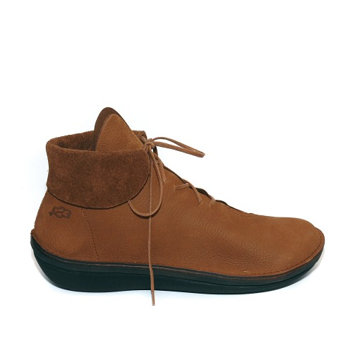 Loints Character Tan Nubuck Ankle Boots1
