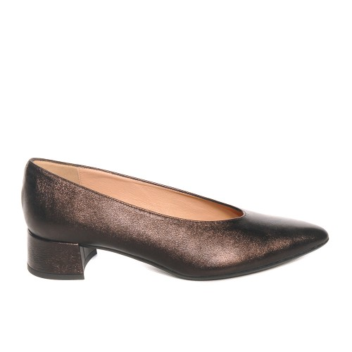 Niutrack by The Bag brown leather pumps1