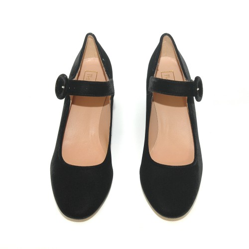 Niutrack by the Bag black velvet pumps2