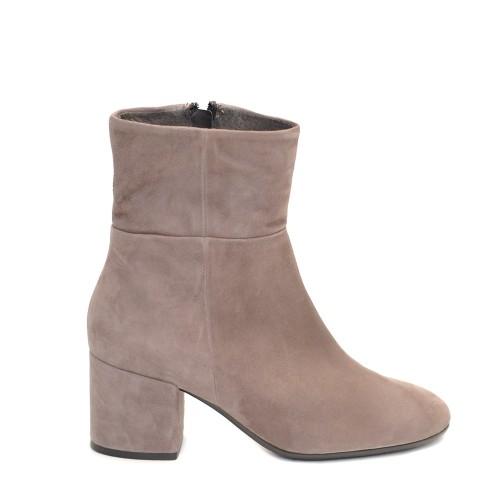 Paola Ferri Suede Block Heel Boots1