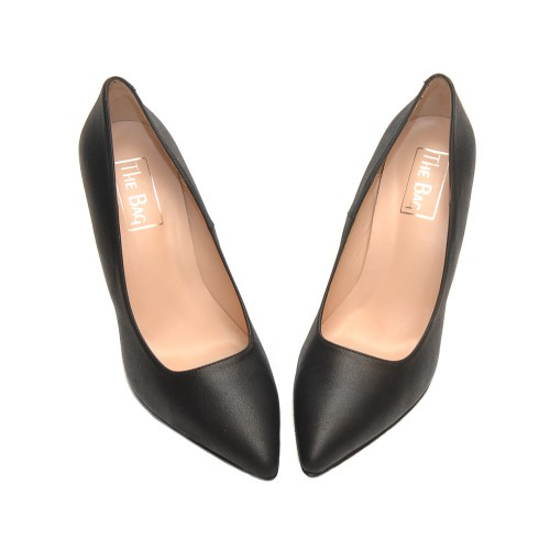 The-Bag-Black-Leather-Pumps-Sleek-Pointed-Toe2