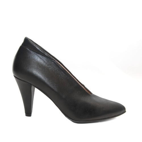The Bag Black leather high heel pumps1