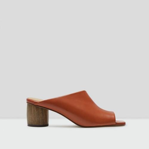 Miista albarca brick leather shoes