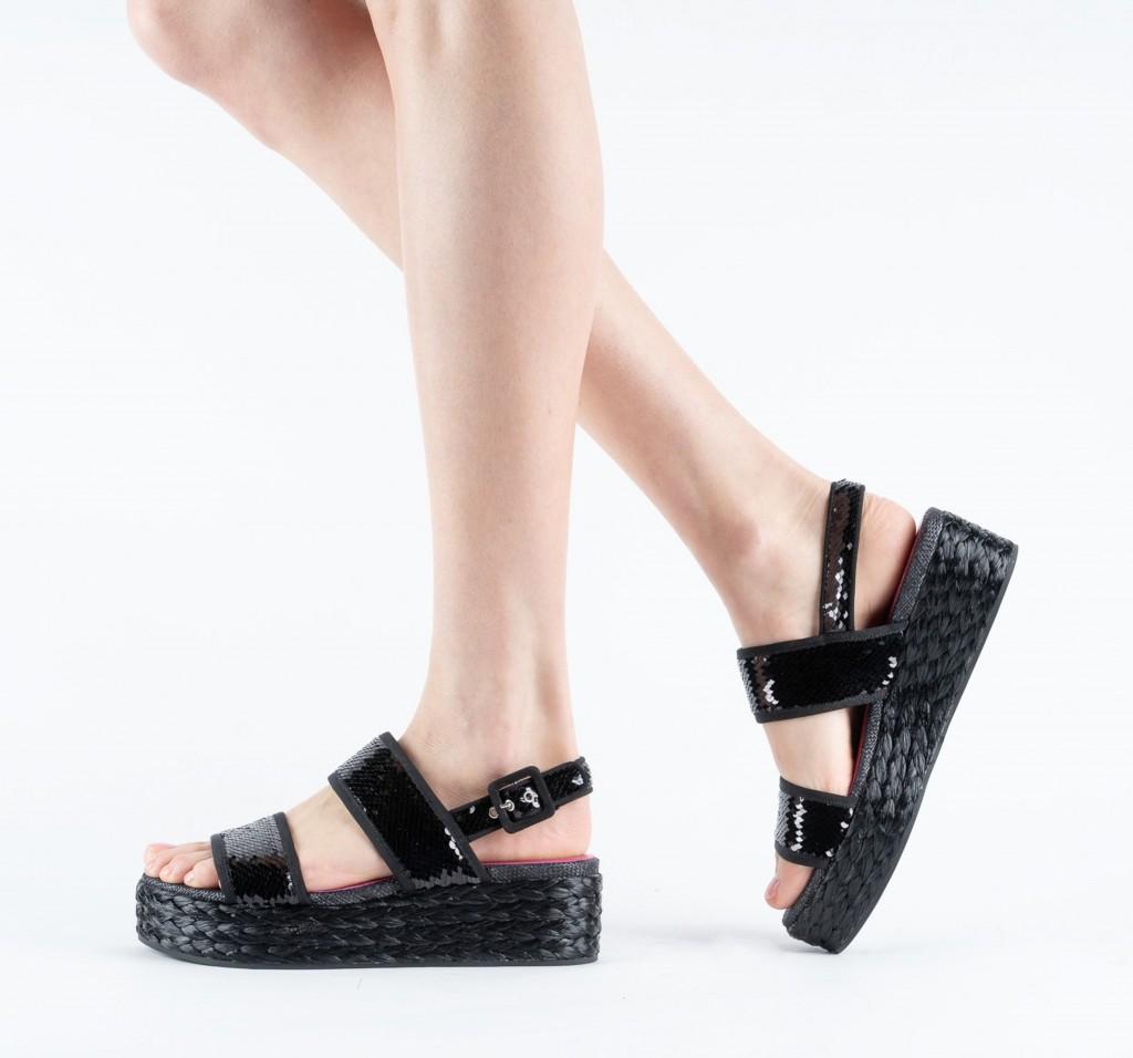 Uno-otto-uno-alberto-gozzi-black-sequin-double-strip-platform