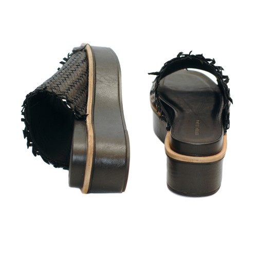 Elvio-Zanon-Black-Knitted-Leather-Mule-Platform