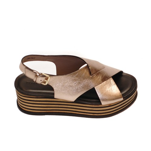 Elvio Zanon Metallic Leather Crossover Platforms