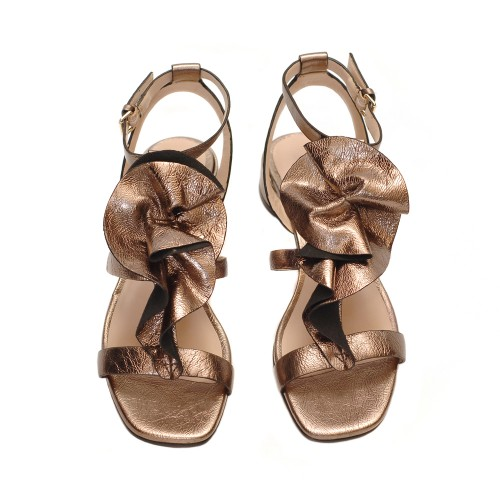 Elvio-Zanon-Multistrap-Bronze-Leather-Flur-Detail-Sandals