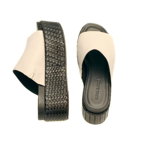 elvio-zanon-black-and-white-mule-slides