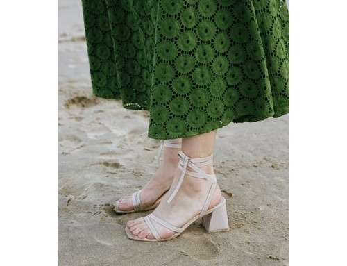 —————Block heels!!—————