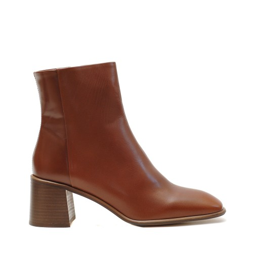 E8 Miista Stina Camel Leather Boots