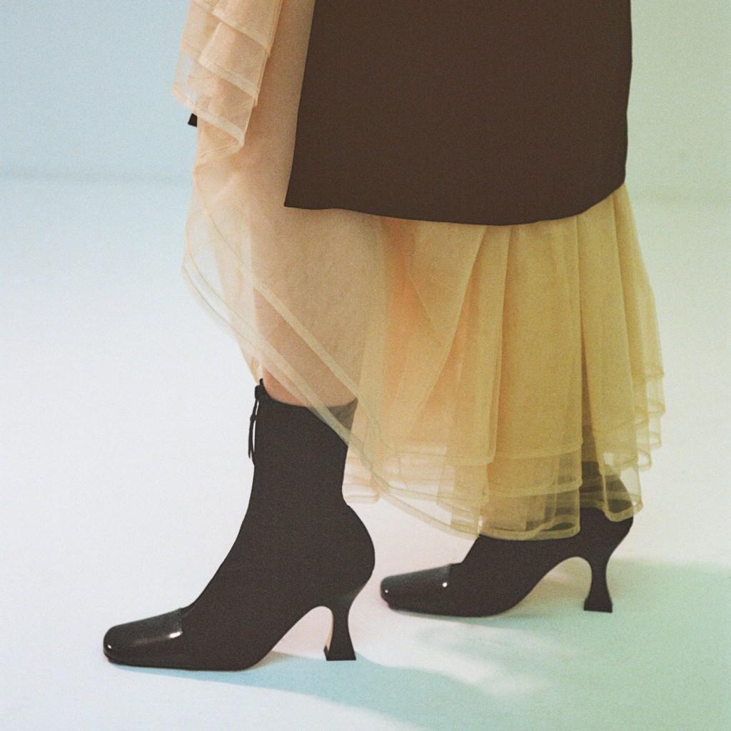 miista-olga-black-boots