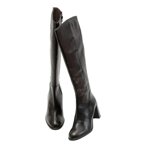 THE-BAG-BLACK-LEATHER-BOOTS