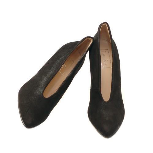 The-bag-black-shiny-suede-pumps