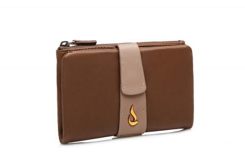 Abbacino medium brown leather wallet