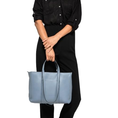 Gianni-Chiarini-Superlight-Zip-Medium-Blue-Shopper-Bag-2