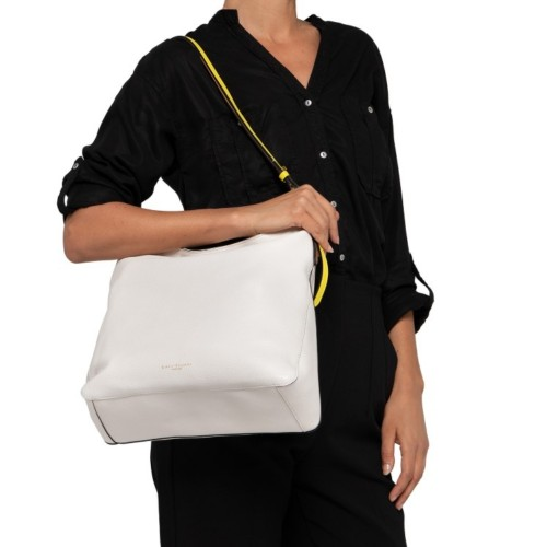 Gianni-Chiarini-Tania-Medium-White-Shoulder-Bag-2