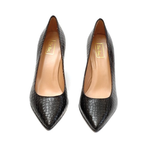The-Bag-Black-Crocco-Print-Pumps-2