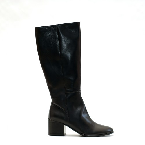 The Bag Medium Heel Black Boots