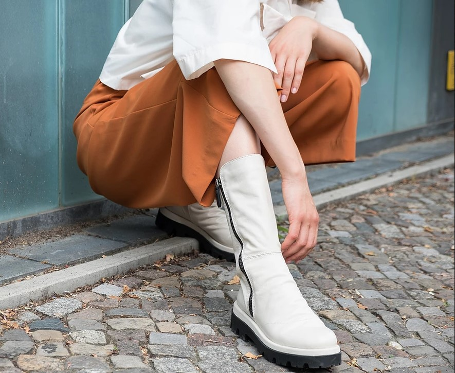 Lilimill White Leather Boots