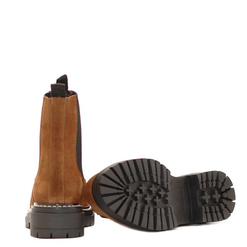 KMB_Tan-Suede-Chelsea-Boots (1)