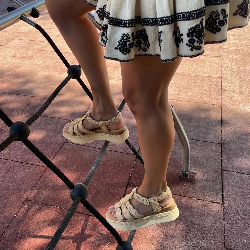 Paloma Barcelo Urubu Raffia Woven Sandals